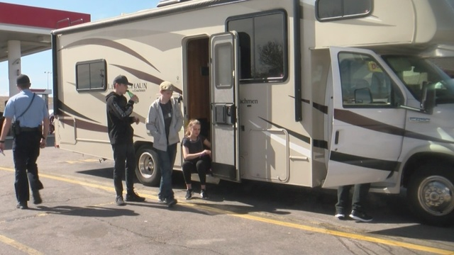 German family traveling through Albuquerque struck by thieves