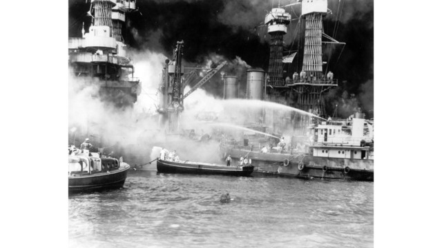 WWII ATTACK ON PEARL HARBOR_1544119622263