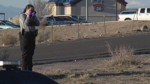 Man killed in shooting on I-25 shoulder near Montaño, APD investigating