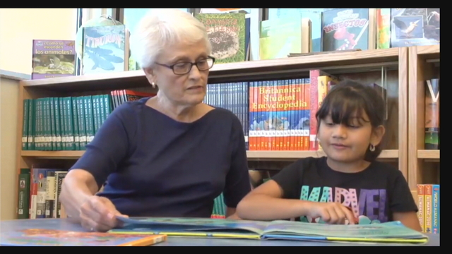 Albuquerque volunteers making a difference in classrooms through reading
