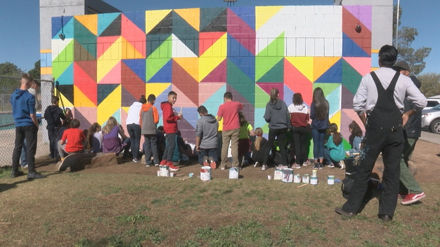 Albuquerque pool mural project teaching kids about art, community